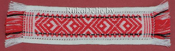 пример оформления края изделия с выходом вышивальных нитей в бахрому