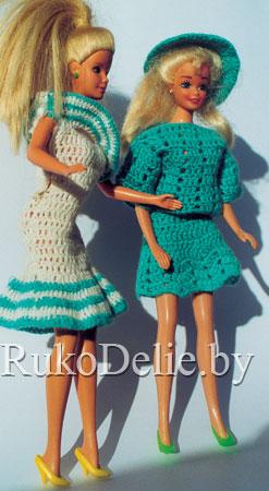 Летняя кофточка и юбка для Барби связаны крючком.