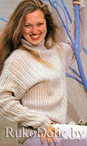 Удлиненный мохеровый свитер