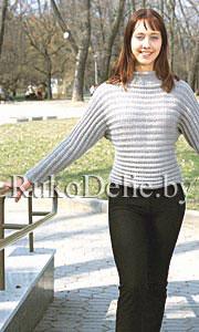 Пуловер с поперечным вязанием на спицах