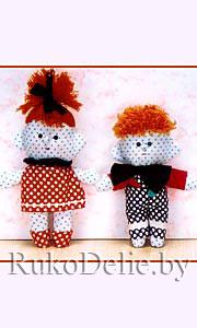 Маленькие шитые куколки