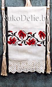вязаная кайма. льняная ткань серого цвета размером 40х84 см. нитки мулине красного и черного цвета. вышивка крестом...