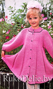 Платье для девочки, связанное спицами