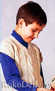 Вязаные жилеты крючком. вязание шапок -шлемов спицами для мальчиков.