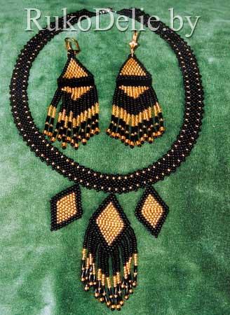 Комплект ''Команчи'': колье и серьги из бисера и стекляруса.