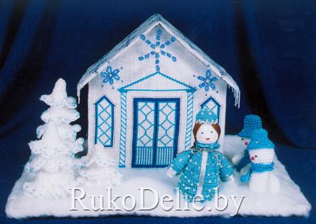 Снегурочка и снеговик.