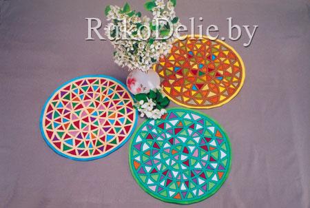 комплект круглых салфеток с витражами