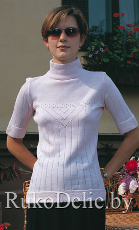 Пуловер-гольф с ажурными дорожками